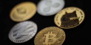 Trading Strategies, Altcoins for Bitcoin's $3 Billion Options Expiry